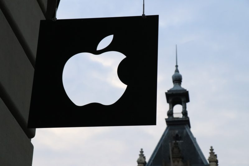 apple-a-furat-tehnologie-in-2012,-iar-acum-plateste-bani-multi-pentru-asta