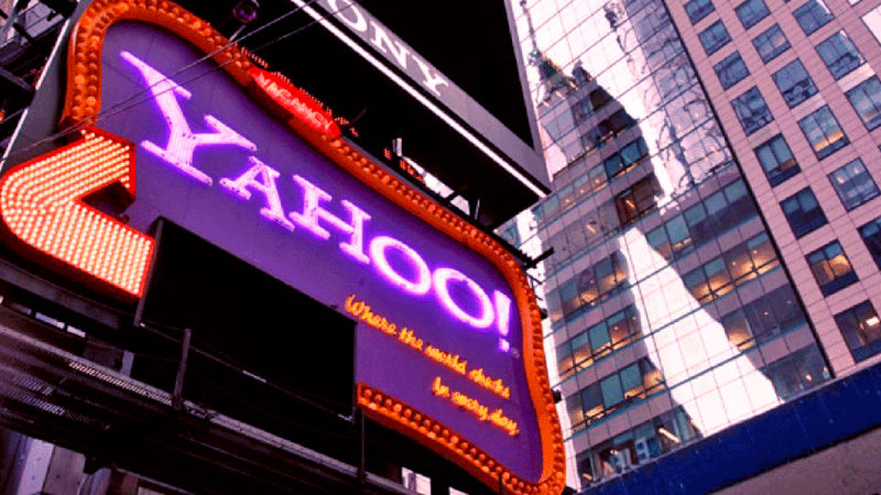 yahoo-e-de-acum-si-pe-bani:-ce-e-yahoo-mobile-si-de-ce-costa-40-de-dolari-pe-luna