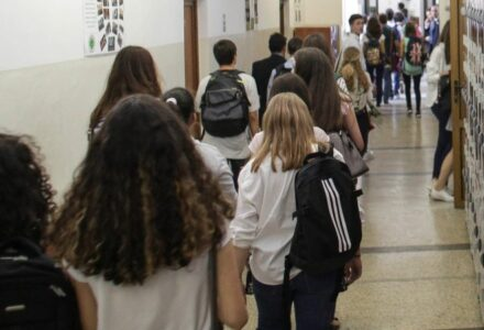 purtarea-mastilor-de-catre-elevi,-esentiala-in-noul-an-scolar:-explicatiile-lui-nelu-tataru